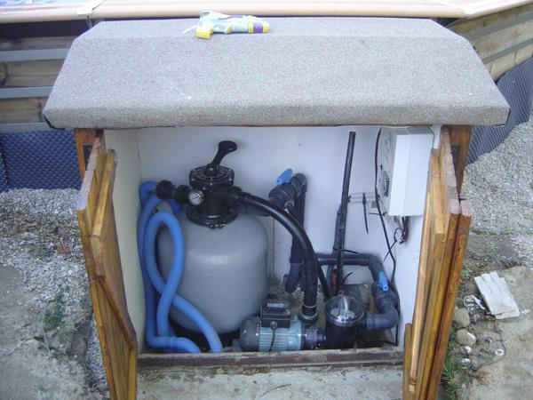 Piscine waterclip semi enterr e piscines r alisations for Local technique semi enterre pour piscine